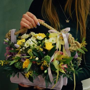 Композиция №101 цветы в ящичке