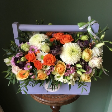 Композиция №106 цветы в деревянном ящике
