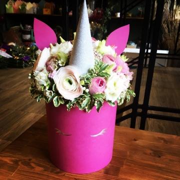 Композиция №041 цветы в коробке