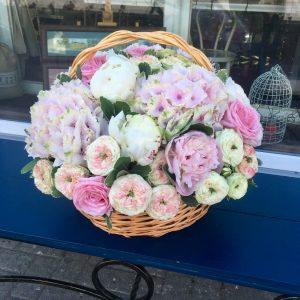 Композиция №004 цветы в корзине