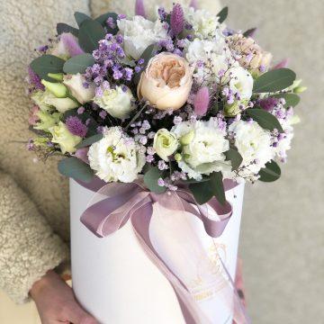 Композиция №048 цветы в коробке