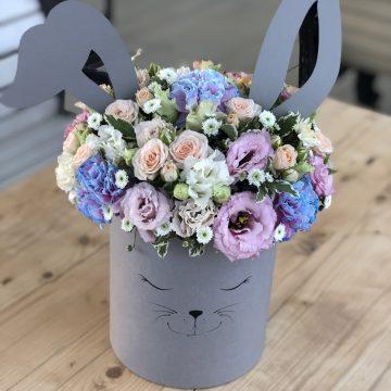 Композиция №049 цветы в коробке
