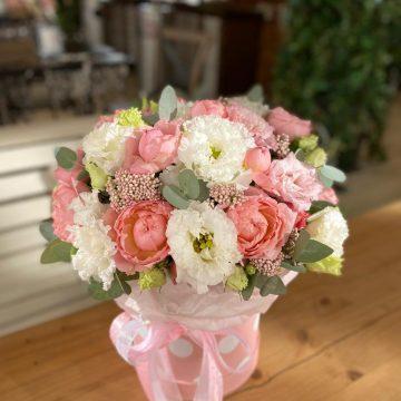 Цветы в коробке - композиция №050